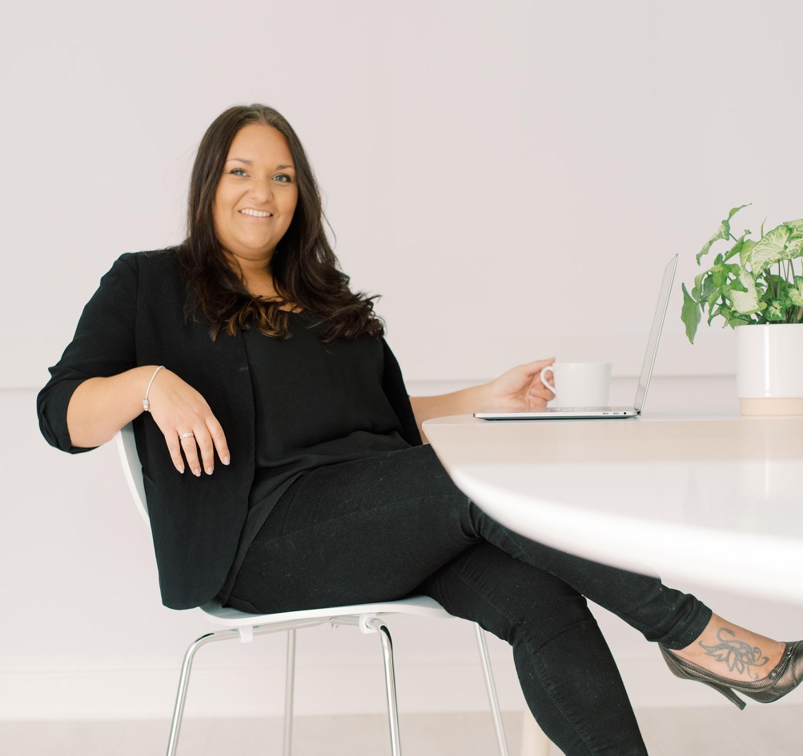 Featured Maven – Charlotte Brooker
